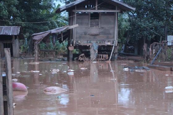 Môi trường tại khu vực vỡ đập thủy điện ở Lào đứng trước nguy cơ ô nhiễm ảnh 2