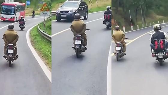 Xử lý nam thanh niên buông tay lái đổ đèo Prenn - Đà Lạt ảnh 1