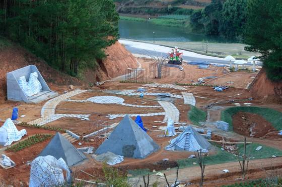 Tháo dỡ công trình trái phép trong dự án nghỉ dưỡng cao cấp tại Đà Lạt ảnh 3