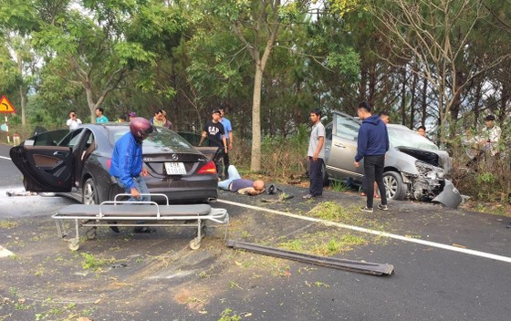Khởi tố lái xe ô tô lao qua làn ngược chiều trên cao tốc khiến 2 người tử vong ảnh 1