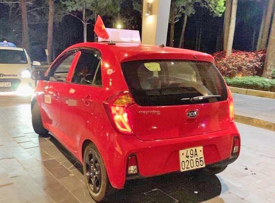 Tài xế taxi bị tố vòi tiền du khách dịp nghỉ lễ ở Đà Lạt ảnh 1