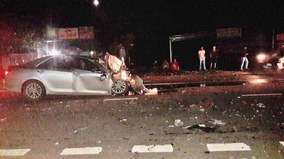 2 vụ tai nạn giao thông 5 người tử vong ảnh 1