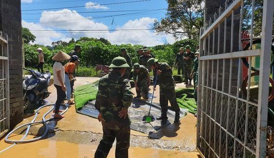 Nước lũ gây ngập nặng ở TP Bảo Lộc ảnh 5