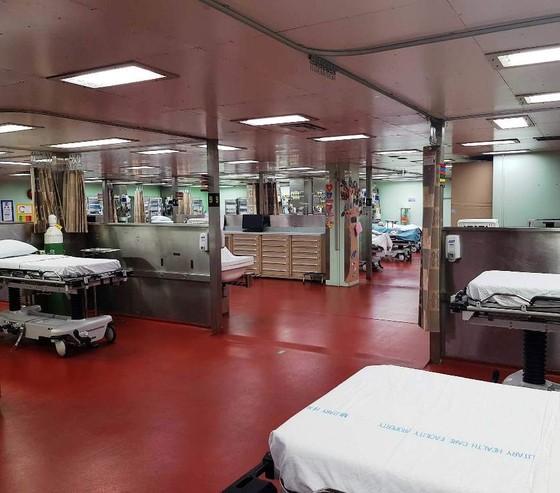 Tàu bệnh viện Hoa Kỳ đến Nha Trang ảnh 4