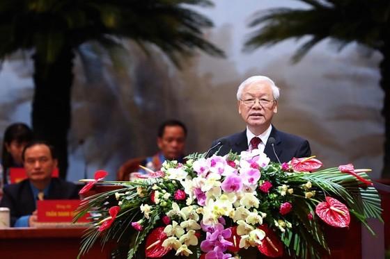 Tổng Bí thư Nguyễn Phú Trọng: Công đoàn luôn gắn bó máu thịt với giai cấp công nhân ảnh 1