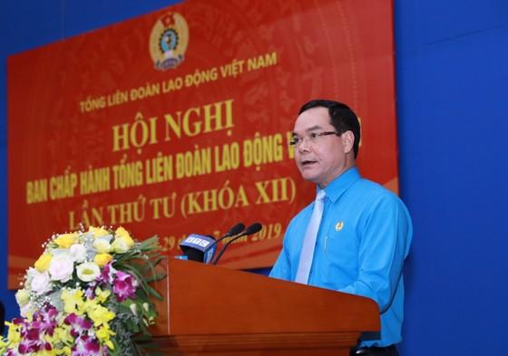 Ông Nguyễn Đình Khang được bầu làm Chủ tịch Tổng Liên đoàn Lao động Việt Nam   ảnh 1