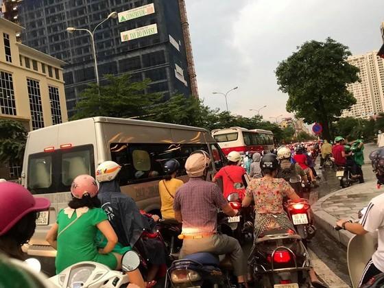 Tâm bão số 4 đã đổ bộ vào Quảng Bình - Quảng Trị? ảnh 5