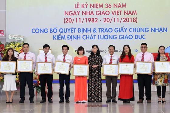 Nhiều hoạt động tri ân Ngày Nhà giáo Việt Nam ảnh 2