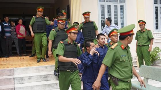 27 năm tù cho 10 bị cáo tham gia gây rối ở Bình Thuận ảnh 2