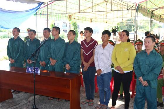 Xét xử 9 đối tượng tham gia gây rối ở tỉnh Bình Thuận ảnh 1