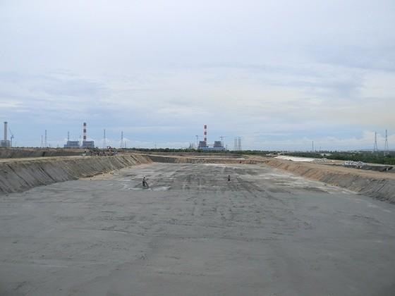 Khẩn trương giải quyết tình trạng bụi xỉ than tại Trung tâm Điện lực Vĩnh Tân ảnh 2