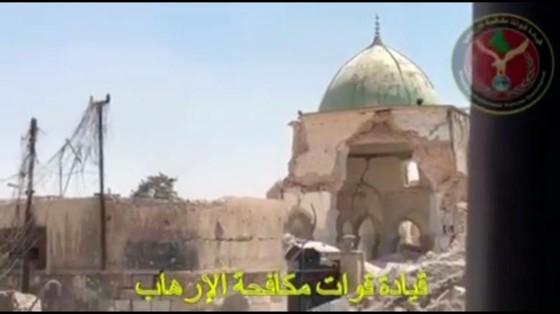 Chiếm Đại thánh đường al-Nuri ở Mosul, Iraq tuyên bố kết thúc IS ảnh 1