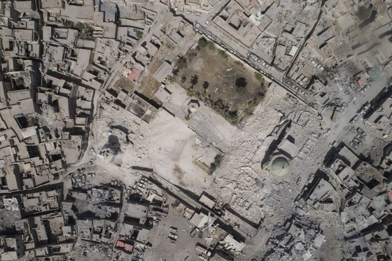 Chiếm Đại thánh đường al-Nuri ở Mosul, Iraq tuyên bố kết thúc IS ảnh 2