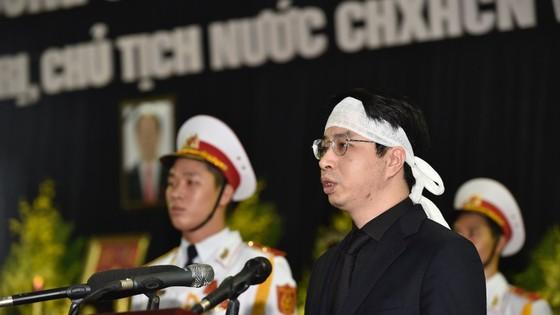 Xúc động tiễn đưa Chủ tịch nước Trần Đại Quang về nơi an nghỉ cuối cùng ảnh 5