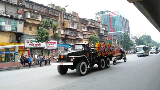 Xúc động tiễn đưa Chủ tịch nước Trần Đại Quang về nơi an nghỉ cuối cùng ảnh 37