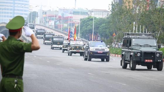 Xúc động tiễn đưa Chủ tịch nước Trần Đại Quang về nơi an nghỉ cuối cùng ảnh 36