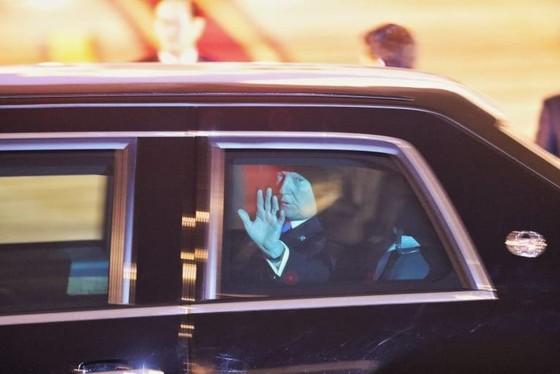 Tổng thống Mỹ Donald Trump đã đến Hà Nội ảnh 19