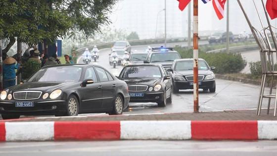 Đoàn xe ông Kim Jong-un tới Hà Nội ảnh 2
