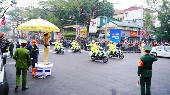 Đoàn xe ông Kim Jong-un tới Hà Nội ảnh 6