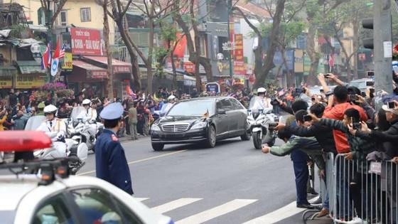Đoàn xe ông Kim Jong-un tới Hà Nội ảnh 11