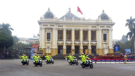 Đoàn xe ông Kim Jong-un tới Hà Nội ảnh 3