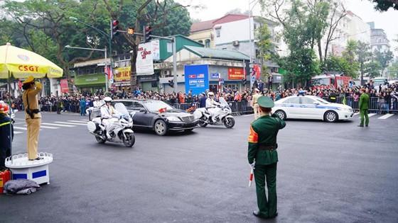 Đoàn xe ông Kim Jong-un tới Hà Nội ảnh 7