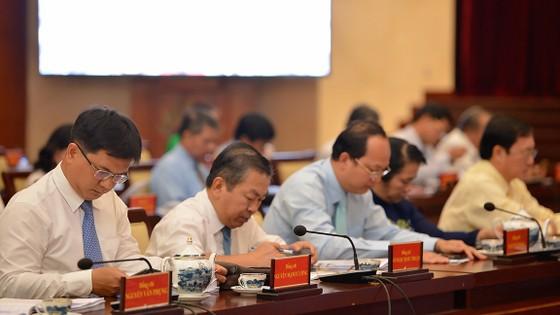 Thông báo Hội nghị lần thứ 18 Ban Chấp hành Đảng bộ thành phố Hồ Chí Minh khóa X ảnh 1