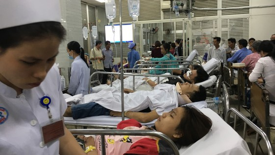 13 nạn nhân vụ tai nạn kinh hoàng ở Long An nhập viện tại Bệnh viện Chợ Rẫy ảnh 1