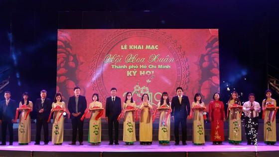 Khai mạc hội Hoa Xuân TPHCM Tết Kỷ Hợi năm 2019 ảnh 1