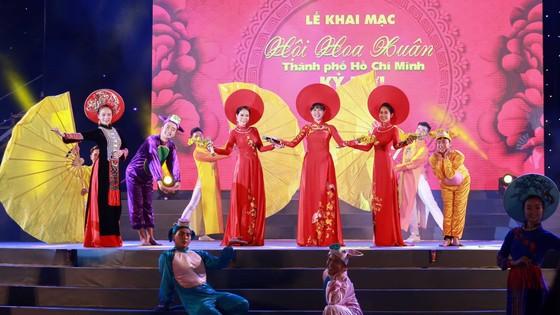 Khai mạc hội Hoa Xuân TPHCM Tết Kỷ Hợi năm 2019 ảnh 2