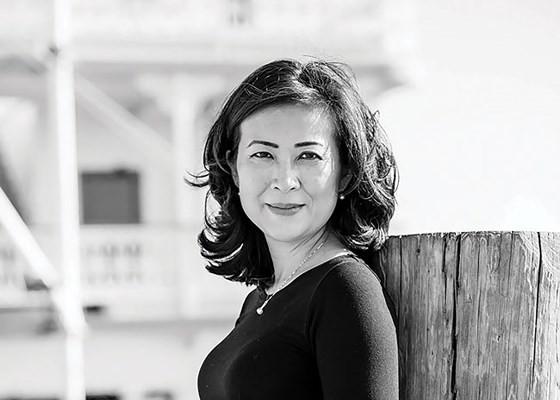 Elizabeth Phù - Nữ cố vấn Nhà Trắng ảnh 1