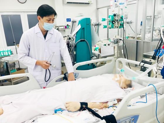 Xuyên tết vì người bệnh ảnh 2