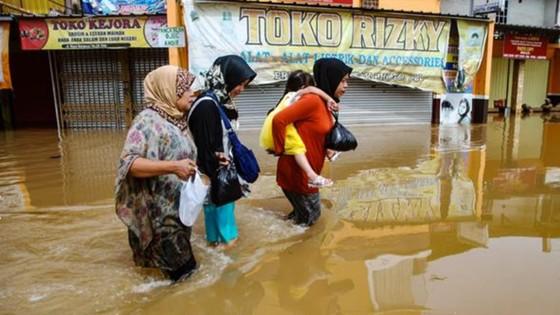 Indonesia: Lũ quét, ít nhất 42 người thiệt mạng ảnh 1