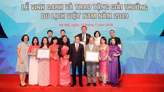 Saigontourist đạt nhiều giải thưởng du lịch Việt Nam 2019 ảnh 1