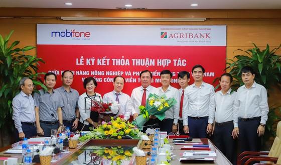 Agribank và MobiFone ký kết thỏa thuận hợp tác ảnh 1