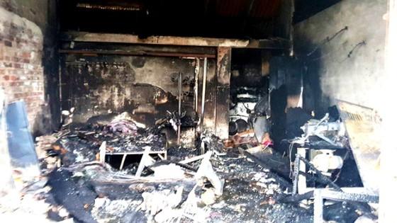 Cháy cửa hàng giữa đêm 3 mẹ con thiệt mạng ảnh 1