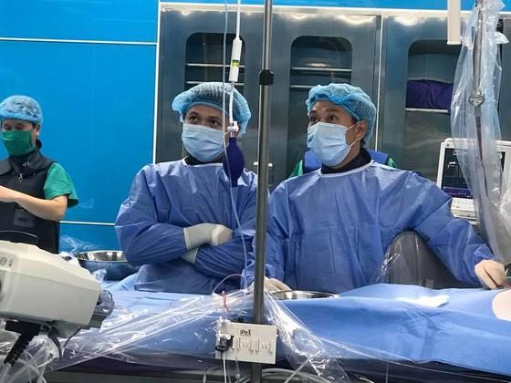 4 trẻ dị tật tim được can thiệp bằng DSA ảnh 4