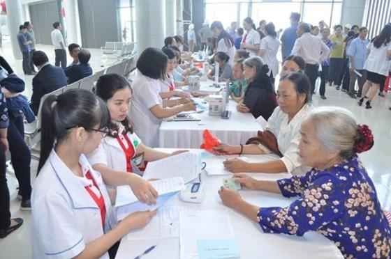 Khám bác sĩ của Bệnh viện Bạch Mai, Việt Đức ngay ở Hà Nam ảnh 2