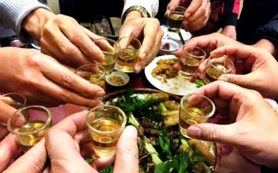 Rượu, bia tràn lan ảnh hưởng cam kết của Việt Nam với thế giới ảnh 1