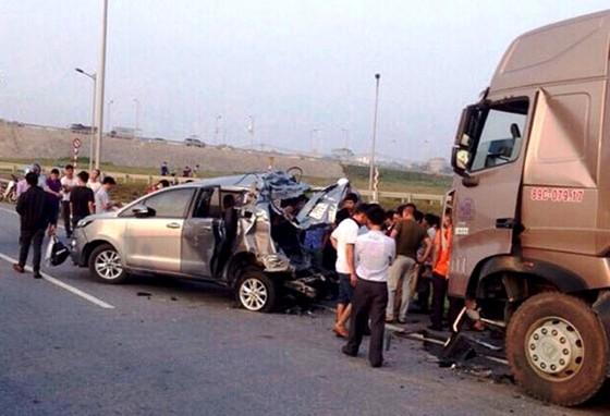Kháng nghị hủy 2 bản án vụ đâm vào xe đi lùi trên cao tốc Hà Nội - Thái Nguyên ảnh 1