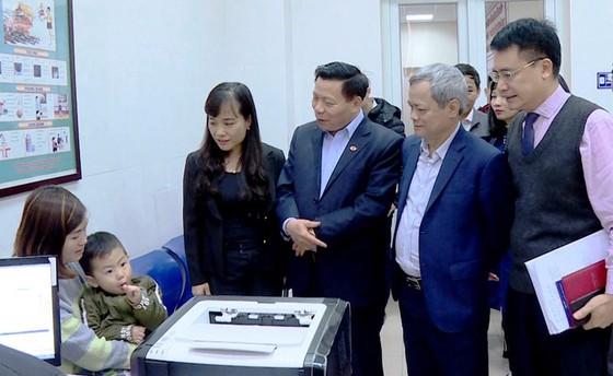 """Vụ trẻ nhiễm sán heo: Bí thư Bắc Ninh nói """"không bất thường"""", chuyên gia bảo ngược lại ảnh 1"""