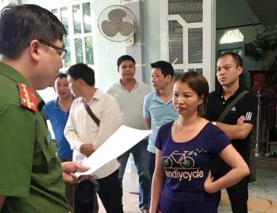 Mẹ của nữ sinh bị hãm hiếp, giết hại ở Điện Biên bị khởi tố, tạm giam  ảnh 1