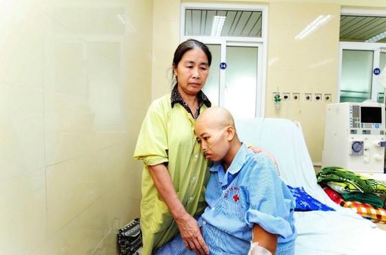 Nỗ lực hết tâm sức để hai mẹ con sản phụ mắc ung thư sớm được gặp nhau ảnh 1