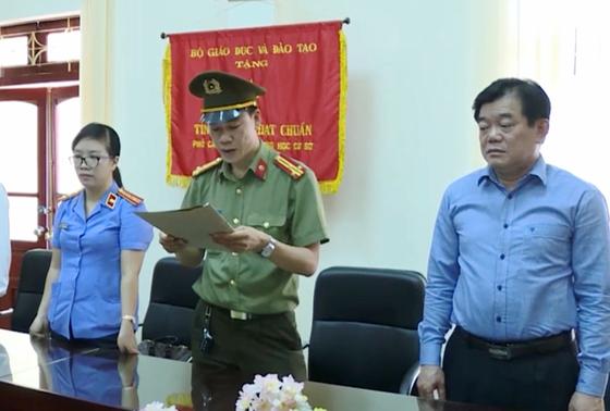 Kiên quyết xử lý Giám đốc Sở GD- ĐT Sơn La, không cho nghỉ hưu ảnh 1