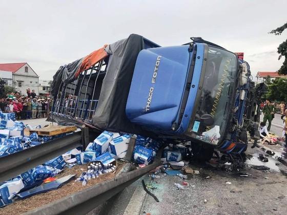 Tai nạn liên hoàn thảm khốc ở Hải Dương - Tang tóc tại xã Cộng Hòa ảnh 1