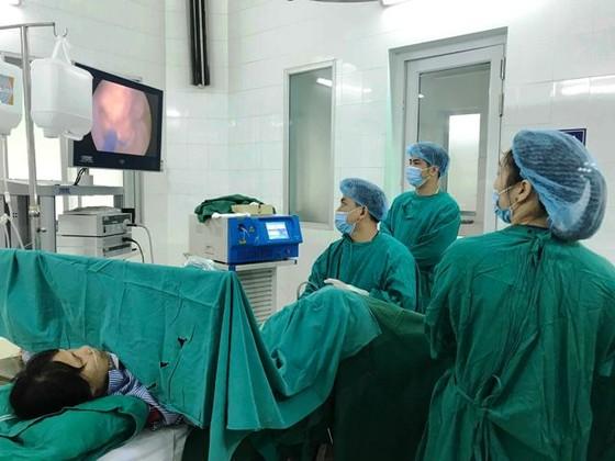 Giảm hơn 1.200 người ở vị trí lãnh đạo ngành y tế, tiết kiệm gần 100 tỷ đồng ảnh 2