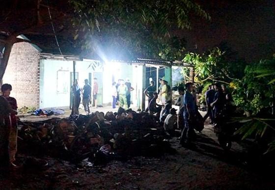 Thảm án ở Uông Bí, 2 bố con bị đâm chết tại nhà ảnh 1