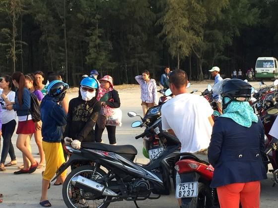 Nắng nóng trên 40°C, sinh hoạt người dân miền Trung đảo lộn ảnh 4