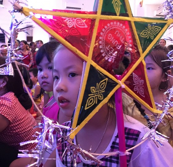 Hơn 500 trẻ tại Thừa Thiên – Huế rộn ràng vui Tết Trung thu ảnh 1