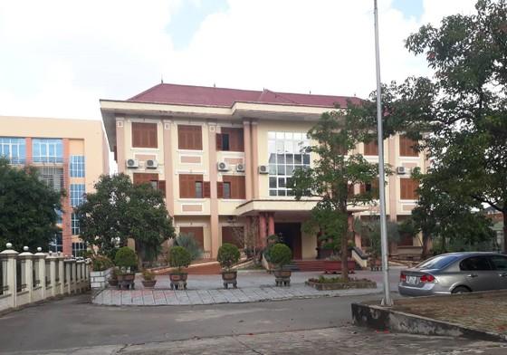 Kỷ luật Phó Chủ nhiệm UBKT Tỉnh ủy Quảng Trị nhận quà không đúng quy định ảnh 1